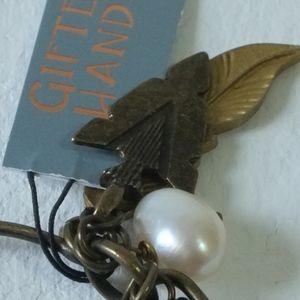 Gifted Hands Jewelry - artisan made arrow bracelet NWT   feather bracelet